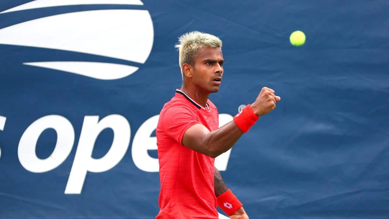 Sumit Nagal has become first Indian in 7 years to enter the second round of the US Open. On tuesday, Sumit beat Bradley Klahn to make his way to the second round of US Open.This is a big achievement for Sumit Nagal as well the nation. Before him, Somedev Devvarman was the last Indian to get past the first round in 2013. Netizens have begun to cheer Sumit Nagal for the next round and it seems as if everyone is confident about his victory.